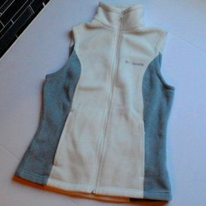 New Columbia Fleece Vest Size XS With Pockets NWOT